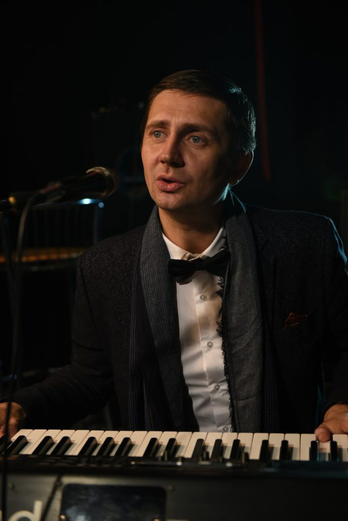 Александр Филатов, Ульяновск, Москва, эстрада, автор-исполнитель эстрадных песен, поэт, композитор, певец